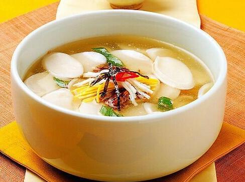 不同种类食材煲汤时间多久合适?为何要注意煲汤时间?
