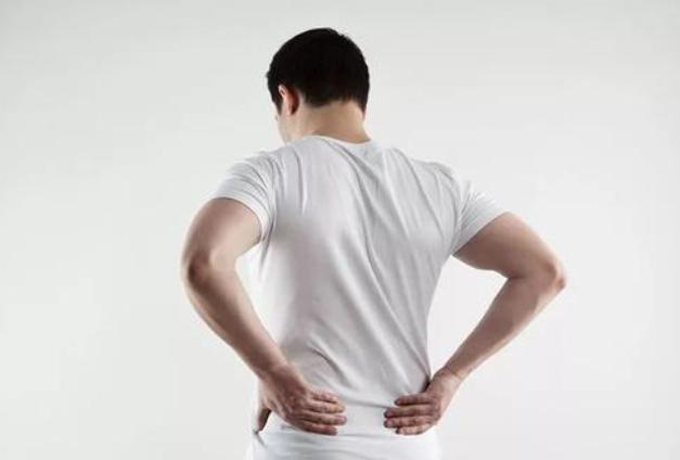 男性腰痛可以吃哪些食物 这些食物帮助你缓解病患