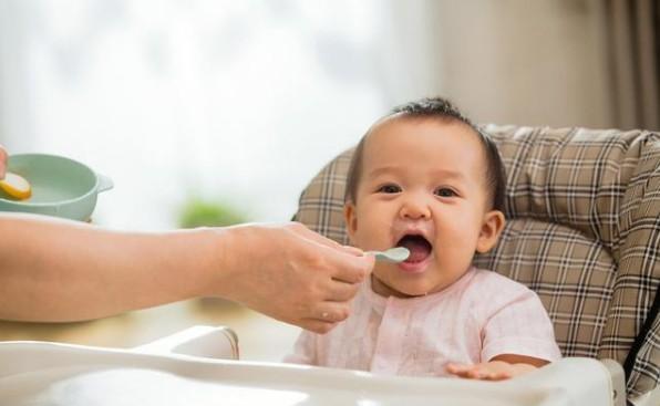 6个月大的宝宝能不能吃盐?细数宝宝吃盐的4点育儿知识