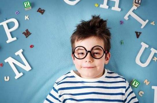 没文化的父母,却培养出了学霸,不自觉中运用了很有效的学习方法?
