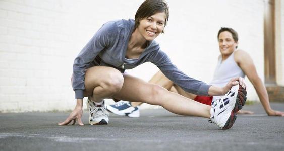 在寒冷的时候锻炼身体要多注意这几项来保证运动健康