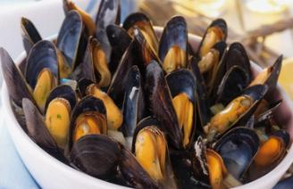 近期不要食用海虹和织纹螺两类水产品,以免引发食物中毒