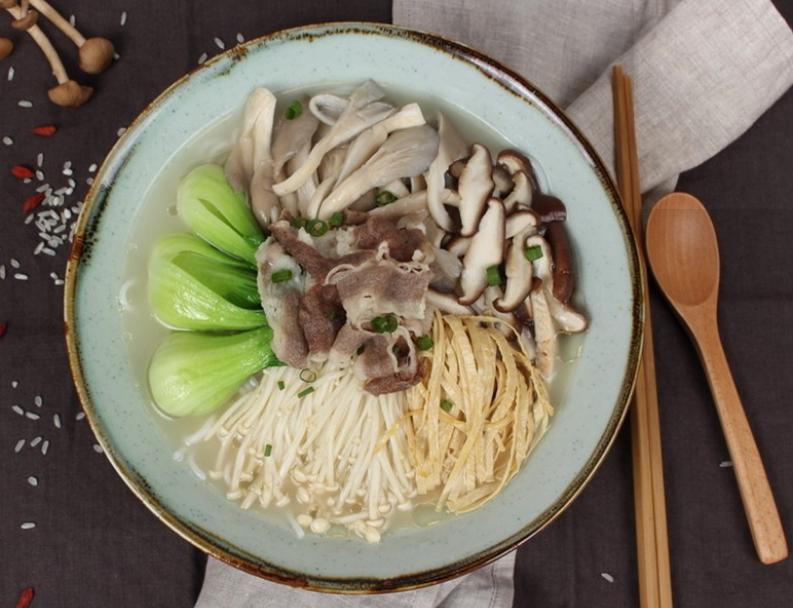 菌菇米线,舌尖上的味蕾享受