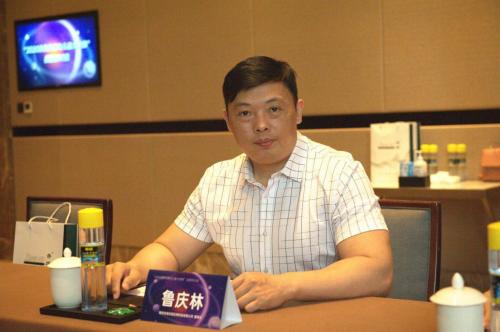 经济日报报道,杏璞霜已经崛起的的新国货品牌产品