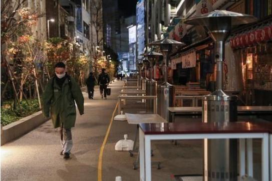 日本从入境者身上发现新型变异新冠病毒