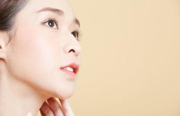 女性若想皮肤好 肌肤护理是一个日积月累的全过程