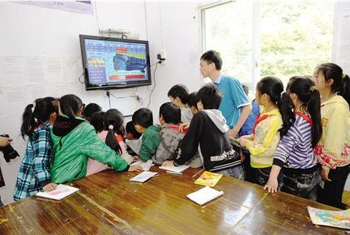 教师如何用好课堂上的新科技 新科技需结合教学实际情境使用