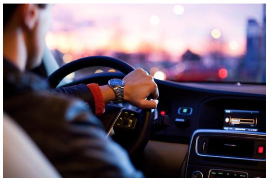 顺应新型消费引领消费升级的大趋势 取消汽车限购规定鼓励适当增加号牌指标投放