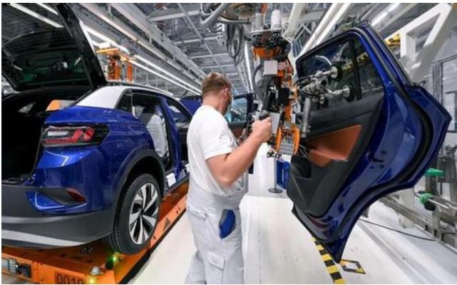 国内的汽车厂商对欧美芯片存在极大的依赖 短暂性的汽车缺芯