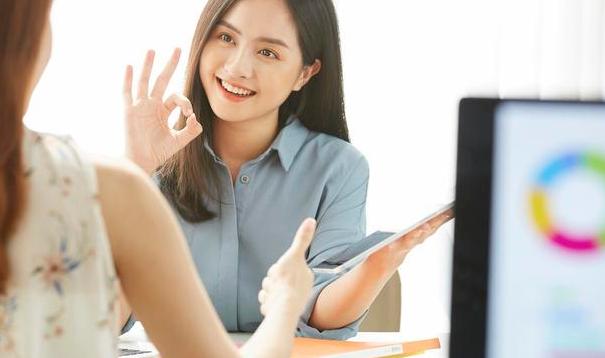 需要知道的职场沟通规范 学会这些规范就能很好解决职场中遇到困难