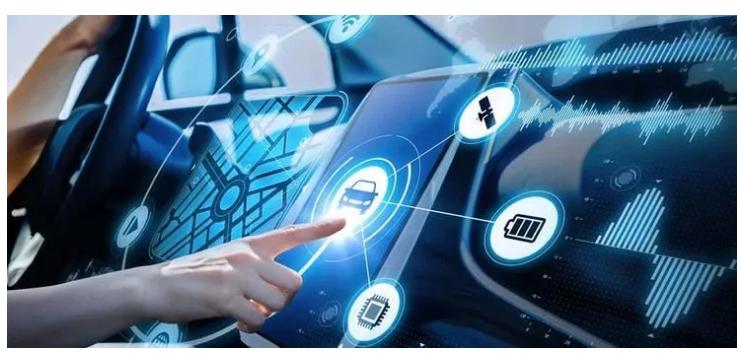 新一轮科技革命和产业变革的加速融合 智能网联汽车规则定义者