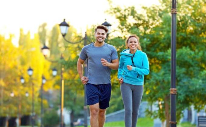 多走路能养生这3类人建议多走走 健康自然会来找上你