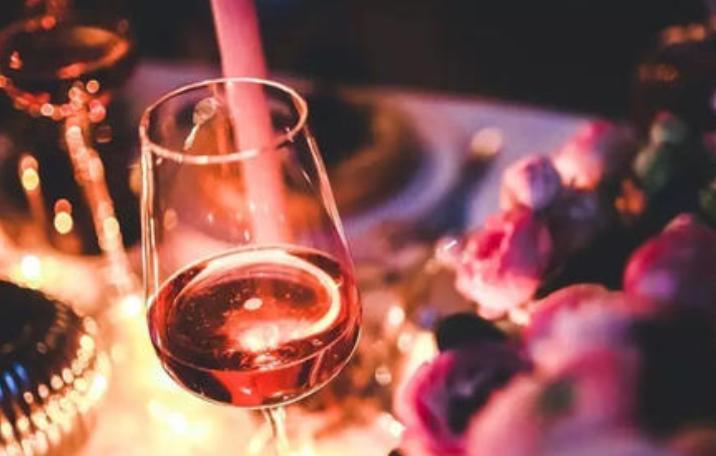 红酒美容只是个美好的传说  新春佳节吉祥事酒色财气君莫沾