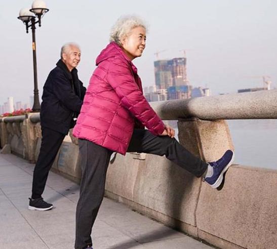 中医专家告诉您老年人养生须知 保暖穿对最重要饮食饮酒应有节