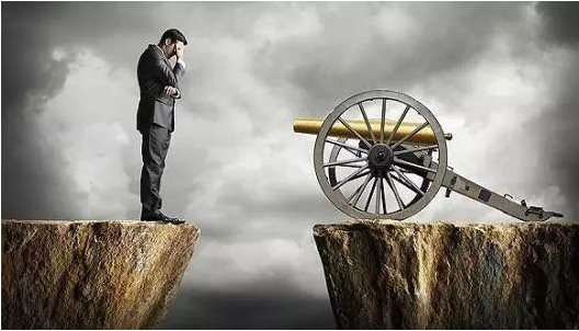 职场中生存的三点黄金法则 学会这些让领导更喜欢你