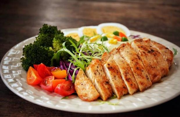减肥鸡胸肉怎么做?鸡胸肉怎么做更好吃?