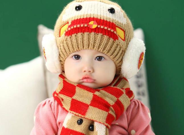 婴儿是指多大的孩子?人在成年之前会经历哪些阶段?
