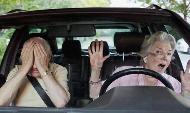 副驾驶不系安全带怎么处罚 副驾驶不坐人也会被罚?
