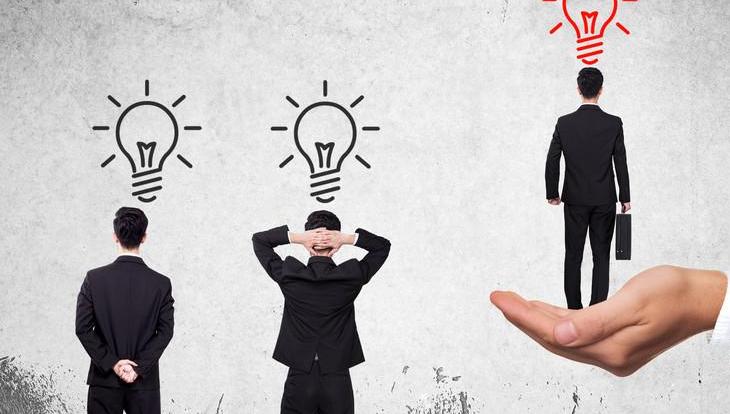 中年感到职场危机太强烈怎么办 下面方法让你轻松解决职场危机