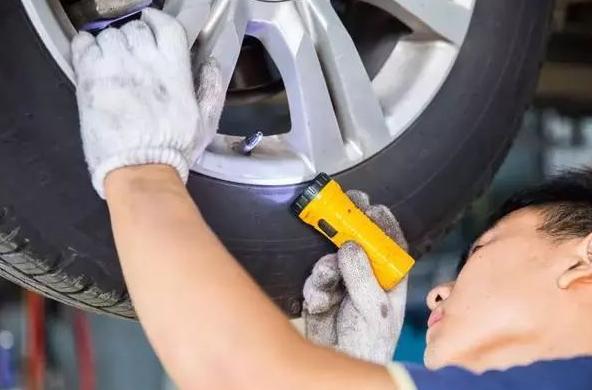 2021最新汽车维修法律法规 交通运输部修改《机动车维修管理规定》