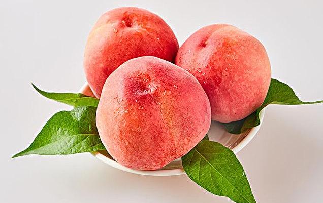 吃桃子的好处和坏处都有哪些?