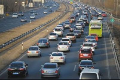 驾驶员在实习期内单独上高速有什么惩罚?出现意外情况陪驾人是否要负责?