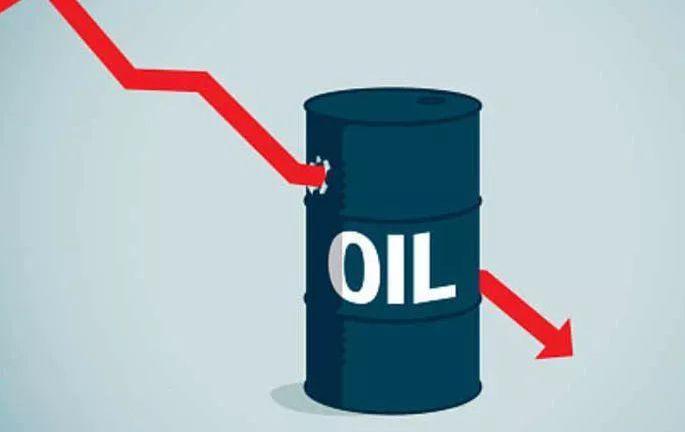 国际油价大跌?两大股指齐创新高?发生了什么?