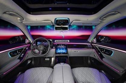 上市仅一个月 全新奔驰S级轿车的购买热度在100万元以上轿车的排名中达到第一