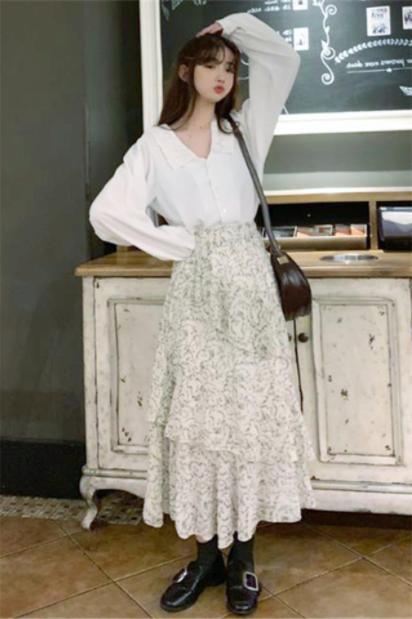白色衬衫配长款半身裙春季这样穿好看吗?白色衬衫配长款半身裙穿搭指南