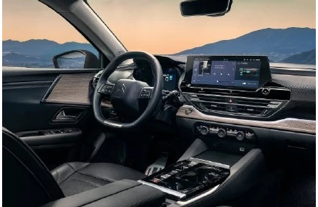 最新款雪铁龙C5X下半年发售 2021款雪铁龙C5X有什么亮点