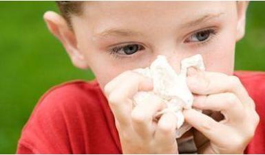 经常流鼻血是怎么回事 经常流鼻血怎么办