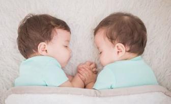 想生双胞胎需要做哪些准备?生双胞胎是双喜临门,也要双倍小心
