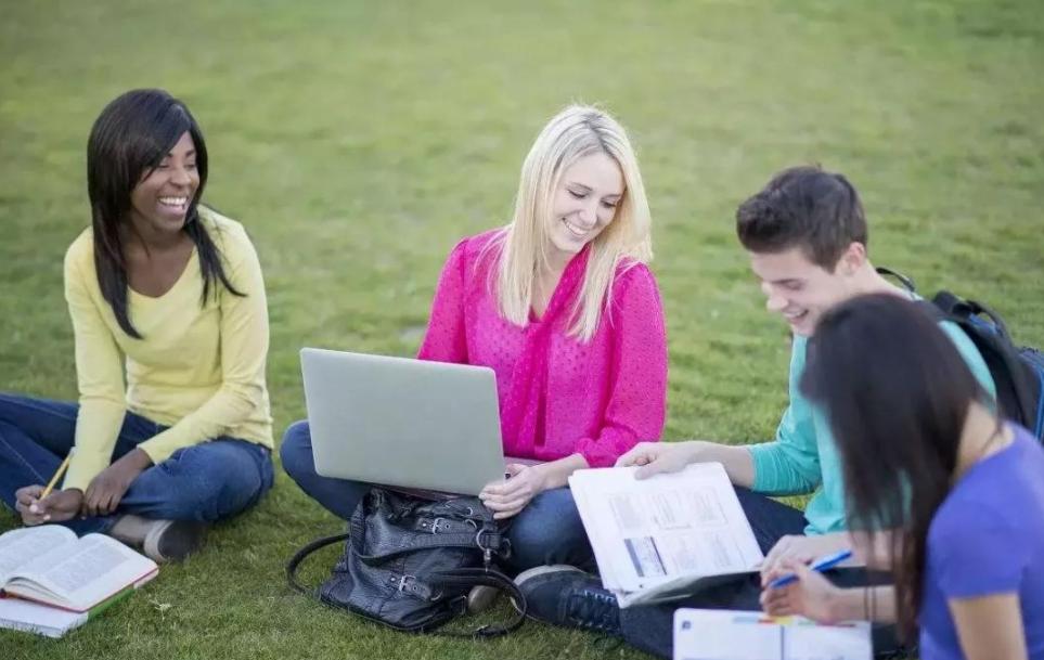 海外名校申请文书到底要怎么写?怎样写申请书才能进入海外名校?