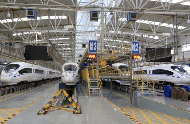 """全国高铁或将迎来第二波""""降速潮"""" 成渝地区新规划铁路何去何从"""