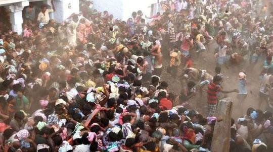 印度疫情失控爆发 印度新德里宣布实行6天全面封锁