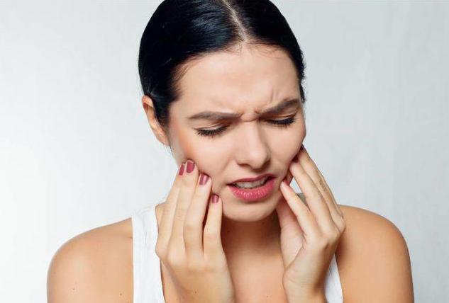 牙齿牙龈酸是怎么回事?牙齿牙龈酸该怎么办?