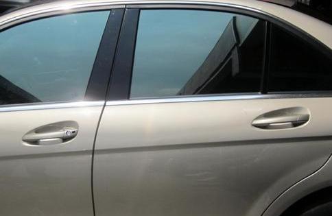 【汽车防爆膜的作用】汽车防爆膜有没必要贴