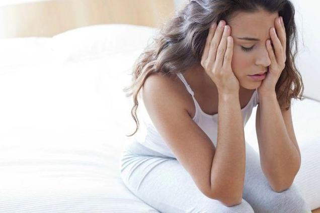 人到中年睡太少或致失智风险升高?人到中年睡多久才健康?