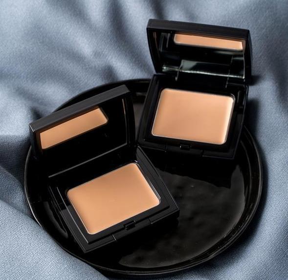 毛戈平粉膏可以用來補妝嗎 毛戈平粉膏和粉底液哪個好用
