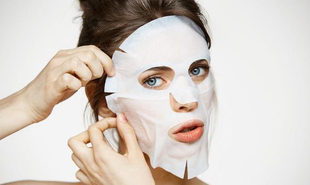 夏季化妆前可以敷面膜吗?夏季化妆前敷面膜对皮肤有好处吗?