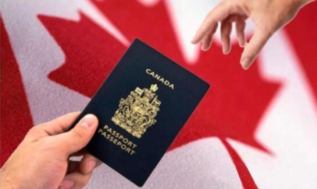 2021年加拿大护士人才紧缺!2021年疫情期间护士人才申请加拿大移民更容易!