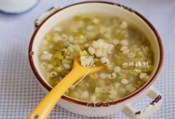 夏季多喝绿豆汤可以清热解毒、止渴消暑!绿豆汤怎么煮最解毒下火?