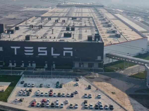 特斯拉暂停扩建上海工厂最新消息 为什么特斯拉暂停扩建上海工厂