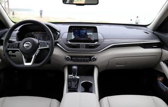 2021款天籁怎么样值得买吗 2021款天籁试驾评测视频