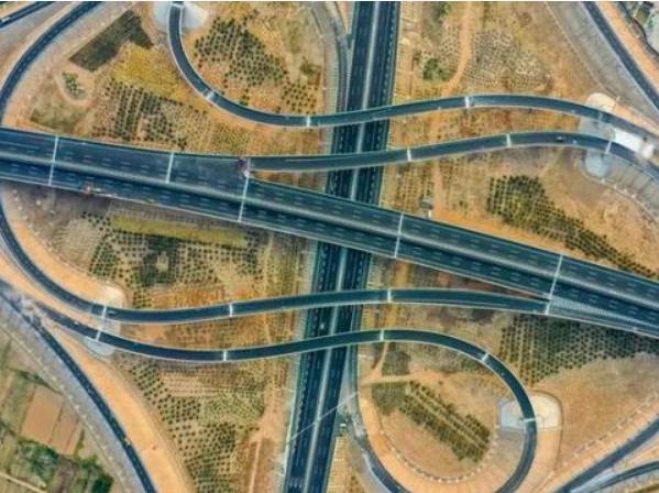 设自动驾驶专用车道!雄安月底通车的3条高速细节披露