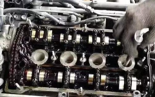 【燃油添加剂有用吗】汽车燃油添加剂有用吗?有什么作用