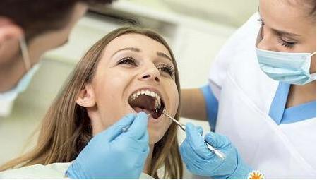 女人在月经期可以拔智齿吗?女人在月经期拔智齿需要注意什么?