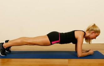 做平板支撑对身体有什么好处?平板支撑做的时间越久越好?