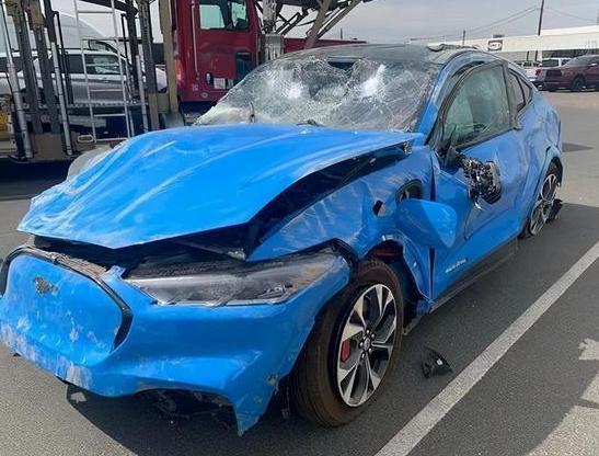 斯拉汽车刹车失控事件仍有余温 特斯拉汽车刹车失控反应了怎样的行业问题