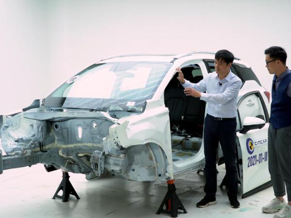汽车车身的刚度越大越好?什么样是汽车车身设计才是安全合理的?